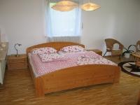 Ferienwohnung Schlafzimmer im Erdgeschoss